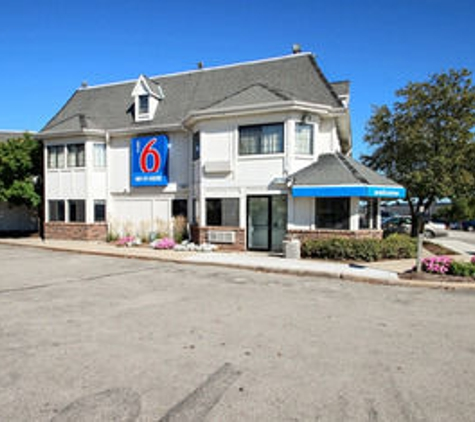 Motel 6 Milwaukee West - Brookfield - Brookfield, WI