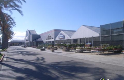 Lowe's Home Improvement - Canoga Park, CA