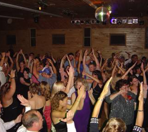 Digital Delight Professional DJ Service - Fargo, ND