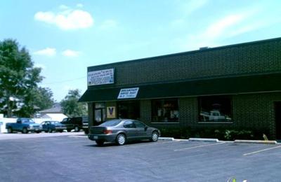 Lu & Ton's Wieners - Addison, IL
