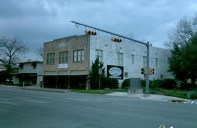 Johnson Furniture Co   New Braunfels, TX