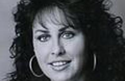 Dr. Carole L Neuman, MD - Jacksonville, FL