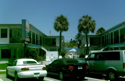 Photos 1 Royal Canadian Motel Clearwater Beach