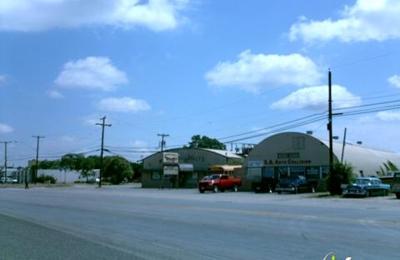 Mustang Sally's - San Antonio, TX