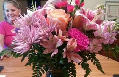 Shelton's Flowers & Gifts - Amarillo, TX