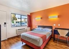 Motel 6 Sunnyvale South - Sunnyvale, CA