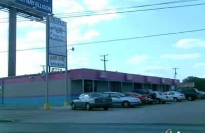 Fadeaway Barber Shop - San Antonio, TX