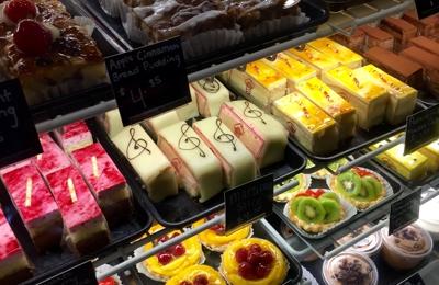 Gourmandise The Bakery - Salt Lake City, UT. Cakes!
