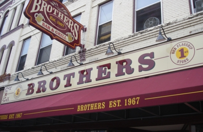 Brothers Bar & Grill - La Crosse, WI