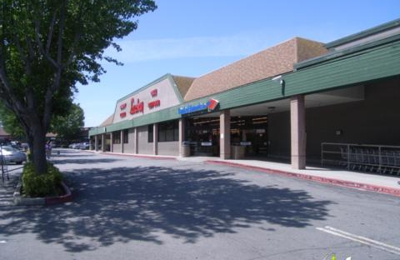Lucky Supermarket - Redwood City, CA