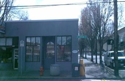 John Street Cafe - Portland, OR