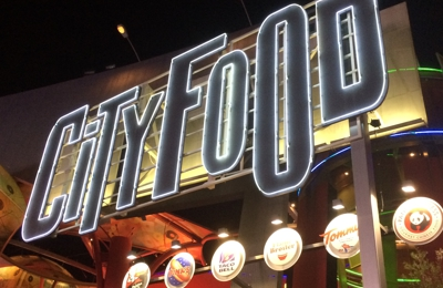 iFly - Universal City, CA. City food. Where all the food is.