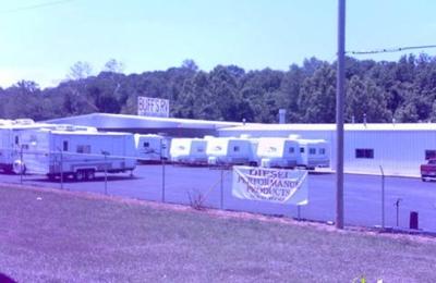 Buff's R.V. Discount Center - Festus, MO