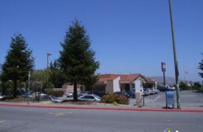 Shari's Cafe & Pies - San Bruno, CA