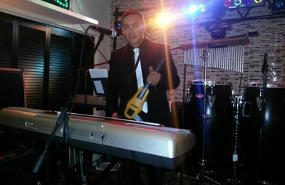 Miami Beach Community Church - Miami Beach, FL. Im Enrique Cedeno as a key board and violinist players,my cell is 7862083427, Im glad to bring my service as a musician,thank's...