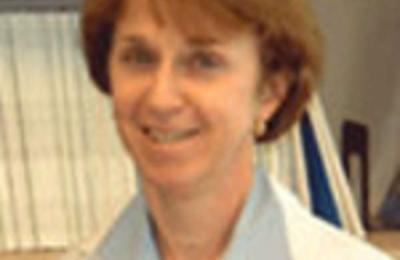 Dr. Rosemary E McIntyre, MD - Oxnard, CA
