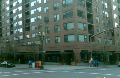 Essex House Apartments - Portland, OR