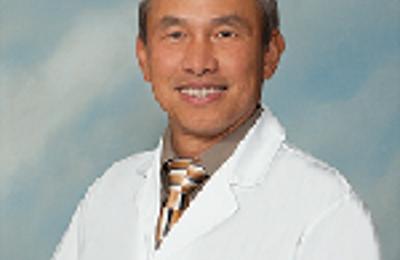 Dr. Chinh Thien Dinh, MD - Anaheim, CA