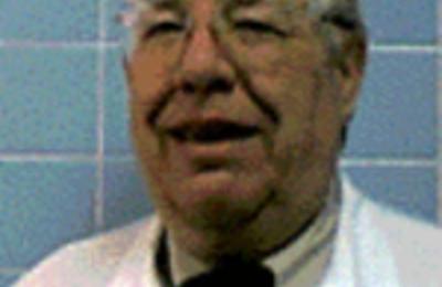 Dr. Charles H Beckmann, MD - San Antonio, TX