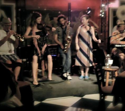 Buffa's Bar & Restaurant - New Orleans, LA