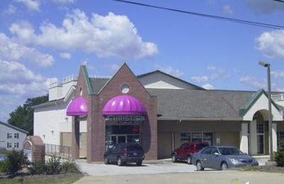 Christie's Cabaret - Brunswick, OH