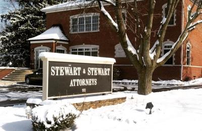 Stewart & Stewart Attorneys - Carmel, IN