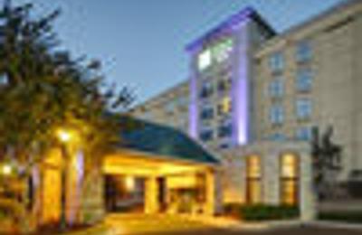 Holiday Inn Express & Suites Atlanta Buckhead - Atlanta, GA