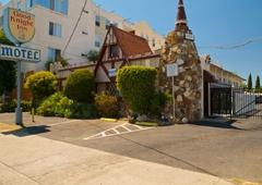 Good Knight Inn Motel - North Hills, CA