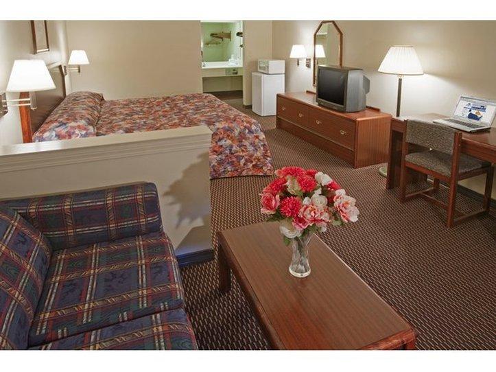 Americas Best Value Inn 1516 Gause Blvd Slidell La 70458