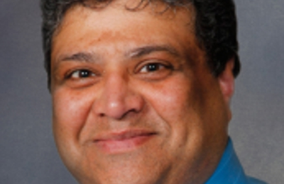 Dr. Aditya Sukhwal, MD - Platteville, WI