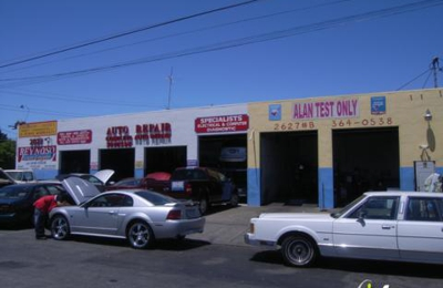Deluxe Transmission & Auto Repair - Redwood City, CA