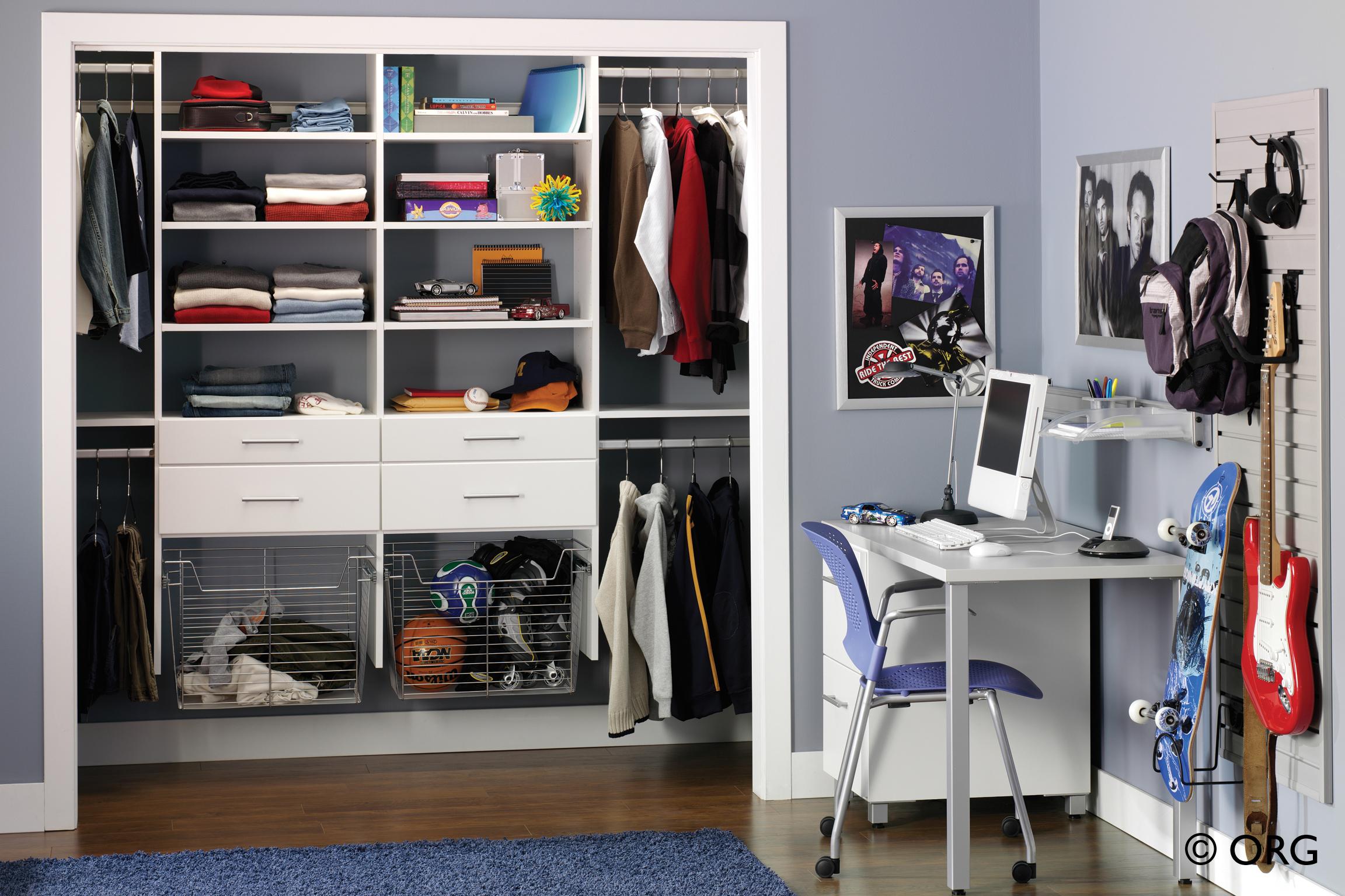 Идеи для оформления интерьера комнаты мальчика подростка.