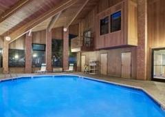 Baymont Inn & Suites - San Marcos, TX