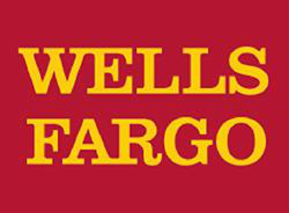 Wells Fargo Bank - Foothill Ranch, CA