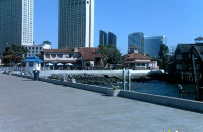 Harbor House Seafood Restaurant - San Diego, CA