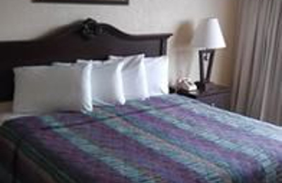 Budget Lodge Inn - San Antonio, TX