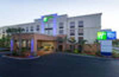 Holiday Inn Express & Suites Jacksonville Airport - Jacksonville, FL