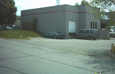 Midlife Auto - Omaha, NE