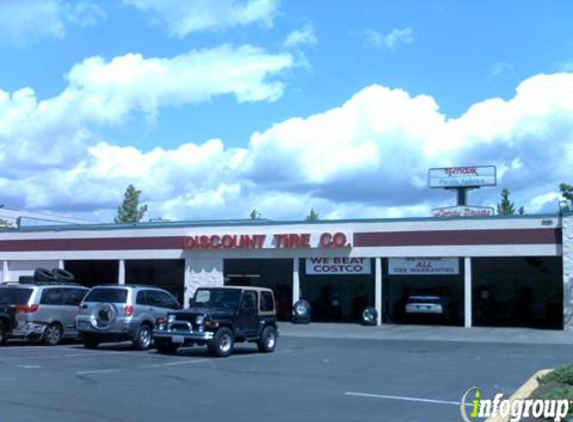 Discount Tire - Seattle, WA