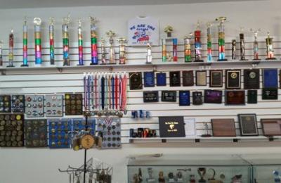 Allstar T-Shirts & Trophies - Farmington, NM