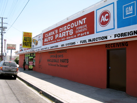 Clark S Discount Auto Parts 16511 Lakewood Blvd Bellflower Ca 90706 Yp Com