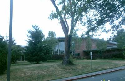 Inglemoor High School - Kenmore, WA