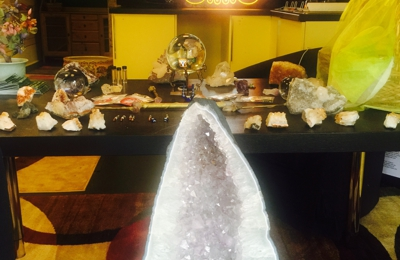The Chakra Room By Mrs White of georgetown 1669 wisconsin ave NW