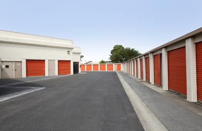 Captivating Public Storage   Daly City, CA