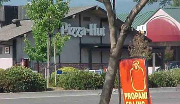 Pizza Hut - Cupertino, CA