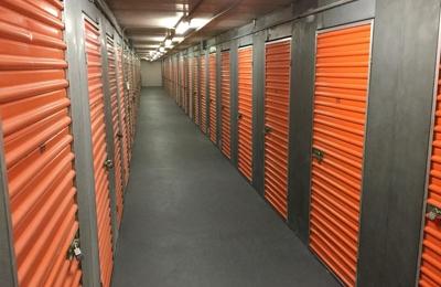Life Storage - Hyde Park, MA