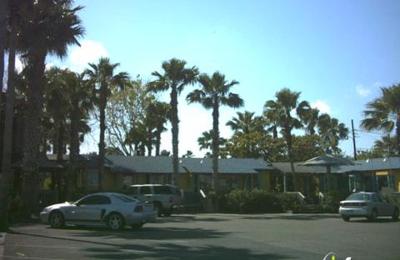 Pelican S Landing Restaurant 337 N Alister St Port Aransas