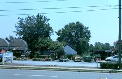 Martins & Sons Produce & Nursery - Mint Hill, NC