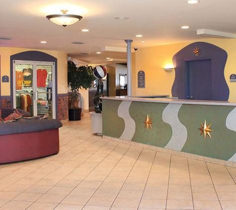 Magnuson Hotel Marina Cove - Saint Petersburg, FL
