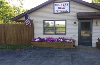 Country Mile Boarding Kennel - Kewaskum, WI